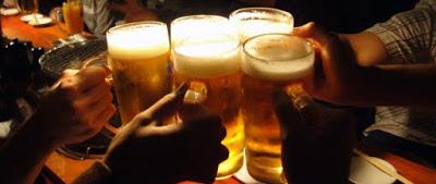とある30人の飲み会のお酒の総量は◯L